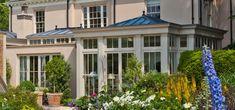 Orangery with Bi-fold Doors by Vale Garden Houses   homify Orangery Conservatory, Conservatory Extension, Open Plan Kitchen Dining, London Townhouse, Roof Lantern, Backyard Greenhouse, Dream House Plans, Glass House, Garden Houses