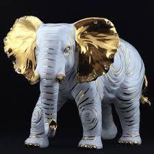 Resultado de imagen para tecnica de pintura en elefante hindu #pinturadecorativatecnica Deco Elephant, Elephant Love, Elephant Head, Pottery Sculpture, Sculpture Art, Sculptures, Cutest Animals On Earth, Animals And Pets, China Painting