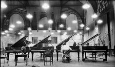 Glenn Gould testing pianos