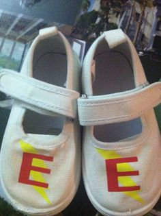 f026767a0b09 Superhero shoes. Canvas shoes and silhouette heat transfer material.