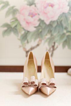 Kate Spade pretties | Photography: Glass Jar Photography - glassjarphotography.com Read More: http://www.stylemepretty.com/australia-weddings/2015/03/12/romantic-spring-sydney-wedding/
