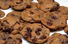 Hugs & CookiesXOXO: MY NEW FAVORITE CHOCOLATE CHIP COOKIE!