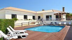 Villa+voor+10+(8+++2),+binnen+een+loopafstand+van+het+strand+en+uitzicht+op+zee++Vakantieverhuur in Sintra en omgeving van @homeaway! #vacation #rental #travel #homeaway