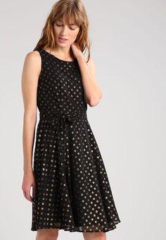 Die 15 besten Bilder von Kleider   Midi dresses, Black gowns und ... fc166ba5be