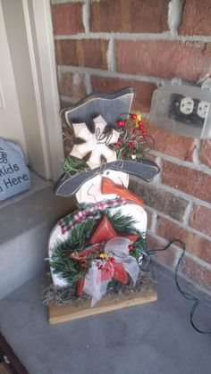 Porch snowman