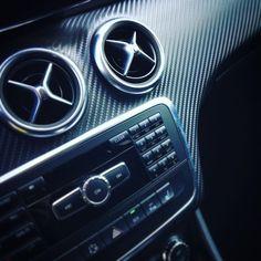 #mercedesbenz #aklasse200 #amgpakket #lichtmetalenvelgen #panoramaroof #xenon #lines #alblasserdam #prinsautobv #carbon  #interieur #super #cars #occasions #style www.prinsauto.nl