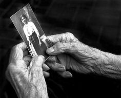 photo by Vladimir Rolov Old Person, Alzheimer, Soviet Union, Beautiful Hands, Beautiful People, Playing Cards, Childhood, Black And White, History