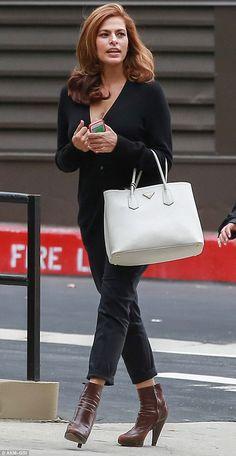 Eva Mendes già in forma e al lavoro dopo parto | Gossip - Rumors - Scoop - News -