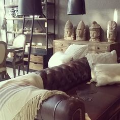 Martes a Sábados de 10 a 19 hs. Av. Del Libertador 16.772, San Isidro. #muebles #decoración #objetos #living #regalos #homedecor #architecture #decor #restoration #sanisidro #furniture