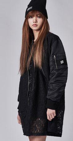 #Lisa #Lalisa #Lalice #Manoban #YG #BlackPink #KPop