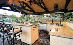 Amazing outdoor kitchen (no link)