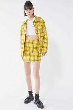 Fall Trend: Yellow Plaid Clueless Outfits inspired by Cher Horowitz - Remaining Meg Clueless Outfits, Clueless Fashion, Cher Horowitz, Small Waist, Plaid Skirts, Fall Trends, Fitness Models, Urban Outfitters, Fashion Beauty