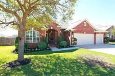 Isn't it beautiful?  We love this home in prestigious Meadows of Blackhawk in Pflugerville.