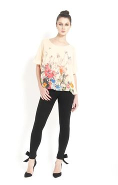 Sexy Shirts, Womens Fashion Online, Designer Dresses, Couture, Blouse, Unique, Floral, How To Wear, Tops