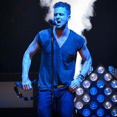 """""""Teddy #OneRepublic #RyanTedder #NativeTour (c)JS Concert"""" Photo cred: @OnerepublicHomie (CaRo) Those arms!"""