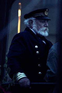Old sailor, navy, see wolf
