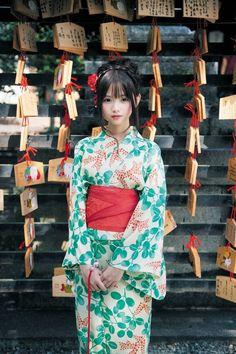 Twitter Japanese Beauty, Asian Beauty, Cute Kawaii Girl, Traditional Kimono, Traditional Clothes, Korean Girl Photo, L5r, Cute Japanese Girl, Shooting Photo