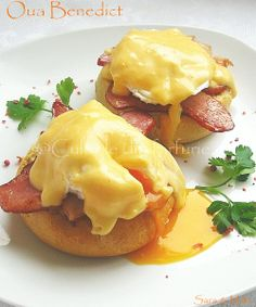 This reminds me of when I visited Rachel in Monterey, CA.  We made the best breakfast/Eggs Benedict ever! :)