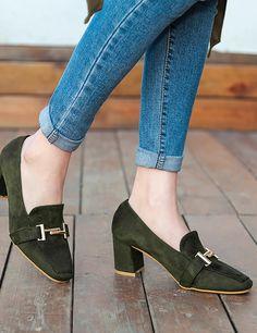 Retro Flock Shoes Mid Heeled Square Toe Elegant Flat for Women