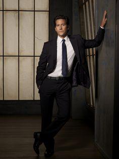 "SCANDAL - ABC's ""Scandal"" stars Henry Ian Cusick as Stephen Finch. (ABC/CRAIG SJODIN)"