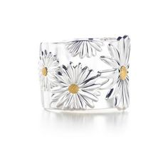 Tiffany And Co Outlet Nature Daisy Cuff Bangle,Tiffany Outlet,New Arrivals… Tiffany And Co Bracelet, Tiffany Bracelets, Tiffany Jewelry, Daisy Bracelet, Tiffany Rings, Tiffany Necklace, Hand Bracelet, Tiffany E Co, Tiffany And Co Outlet