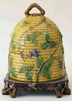Glazed and Confused: Detecting reproduction majolica