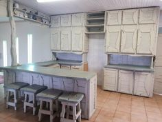 Soliede Boekenhout Kombuis Kaste Te koop Gumtree South Africa, Buy And Sell Cars, Kitchen Design, Kitchen Cabinets, Stuff To Buy, Furniture, Home Decor, Decoration Home, Design Of Kitchen