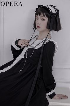 Japanese Fashion, Asian Fashion, Girls Petticoat, Pretty Outfits, Cute Outfits, Estilo Dark, Real Costumes, Gothic Lolita Fashion, Holy Cross
