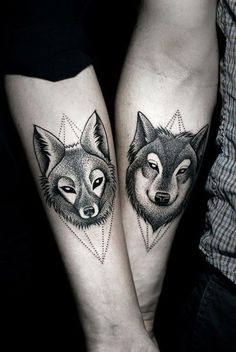Ideas y consejos a la hora de escoger el tatuaje más adecuado con nuestra pareja, muchas fotos de inspiración y creatividad con tatuajes para parejas