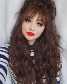 Red lips kinda day 💋 Brows- pomade in medium brown Lashes- delara Shadows- Cute Makeup, Makeup Looks, Hair Makeup, Beauty Make Up, Hair Beauty, Eye Make Up, Cute Hairstyles, Makeup Inspiration, Curly Hair Styles