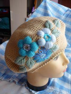 Купить берет с вышивкой для Ольги - бежевый, цветочный, берет, берет с цветком, берет с вышивкой, шерсть