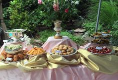 A Perfect Setting-- An Outdoor Bridal Shower