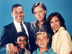 Silver Spoons: Ah Ricky Schroeder :) I loved Ricky ! Old Tv Shows, New Shows, 80s Tv, Episode Guide, Vintage Tv, Silver Spoons, Old Ones, Favorite Tv Shows, Childhood Memories
