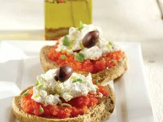 Mediterannean Salad Recipe-Cretan Dakos.