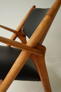 That Kind Of Woman · thewoodcollector: Hans J Wegner CH28 Sawhorse...