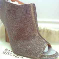 Badgley Mischka Evening Shoes Mysti Glitter High Heel Bootie. They look great with jeans or with an evening dress. Chic and fabulous look. Heel height 4 1/2 inches. Badgley Mischka Shoes