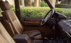 1993-Range-Rover-Country-LWB-105-876x535.jpg (876×535)