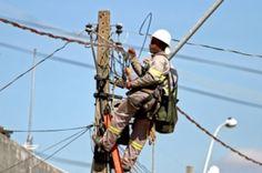 Três cidades terão fornecimento de energia interrompido neste sábado - http://noticiasembrasilia.com.br/noticias-distrito-federal-cidade-brasilia/2014/08/01/tres-cidades-terao-fornecimento-de-energia-interrompido-neste-sabado/
