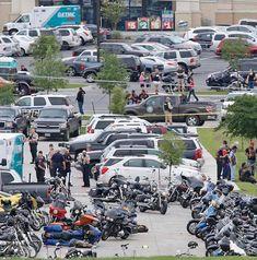 Bodies of slain bikers lie where they fell in the Twin Peaks parking lot. Rod Aydelotte/Waco Tribune Herald/Polaris.