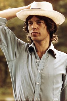Mick before concert.
