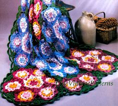Crochet Afghan Rug .... A Field of Flowers by ChicVintagePatterns