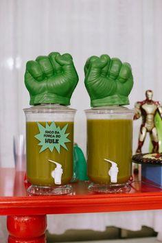 Festa infantil com tema de super-heróis no 'Fazendo a Festa' - Fazendo a Festa - GNT Hulk Birthday Parties, Birthday Themes For Boys, Third Birthday, Birthday Party Decorations, Boy Birthday, Party Themes, Incredible Hulk Party, Iron Man Birthday, Superhero Party
