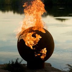 Fire Pit Artlets youbuild a blaze in your backyardwith stunningly sculpturalsteel fire pits,handmade by good old-fashioned American craftsmen.