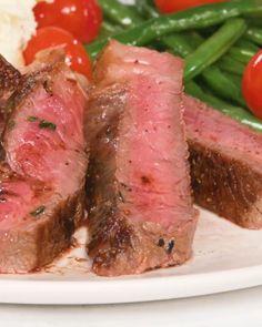 Your new favorite steak recipe—guaranteed 😉 Pan-Seared Strip Steak grilled marinade 410672059772252751 Steak Recipes Pan, Grilled Steak Recipes, Meat Recipes, Paleo Recipes, Asian Recipes, Cooking Recipes, Healthy Steak Recipes, Chicken Recipes, Ny Strip Steak