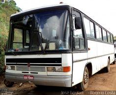 Ônibus da empresa Ônibus Particulares, carro 9065, carroceria Comil Condottiere 3.20, chassi Mercedes-Benz OF-1115. Foto na cidade de Muriaé-MG por José Goulart    - Rogério Costa, publicada em 08/03/2012 22:23:09.