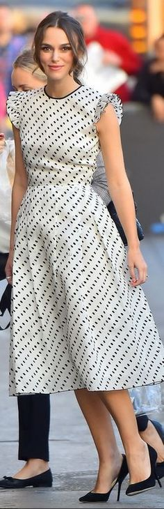 Keira Knightley's black and white polka dot dress>Erdem>