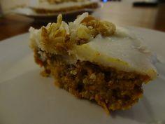 Raw Carrot Cake with Coconut Butter Icing - #rawfoodshare #rawcake #rawicing #rawdessert