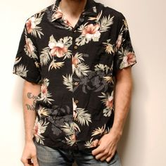TROPICAL pattern soft RAYON short sleeve button up by CairoVintage