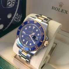 Summer's perfect companion is ready for you at GWS - the Rolex Submariner in steel & gold with blue dial looks perfect in the sun. Rolex Watches For Men, Luxury Watches For Men, Sport Watches, Men's Watches, Rolex Date, New Rolex, Men's Rolex, Stylish Watches, Cool Watches