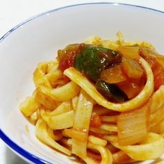 Roxipe. Microwave Pasta.  https://roxxenvy.wordpress.com/2017/05/03/roxipe-microwave-pasta/